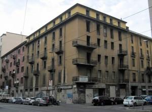 Milano, Viale Tunisia angolo Via Lecco